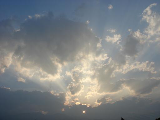 空は流れる_a0014840_22361918.jpg