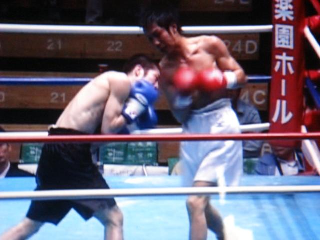 赤羽拳士3戦全勝(6/8 後楽園ホール B級トーナメント)_f0072287_11244315.jpg