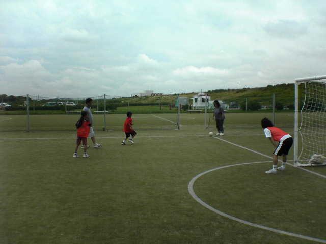 ファミリーサッカー in 鳥飼_a0059812_2335531.jpg