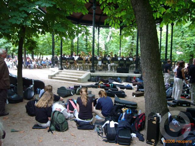 ■最近のリュクサンブルグ公園から_a0008105_4464062.jpg