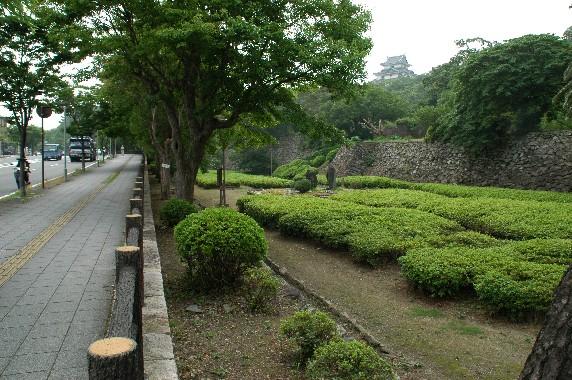 和歌山城の外周を歩こう  2_b0093754_2229671.jpg