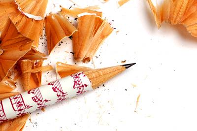 鉛筆削りの替え刃・Faberの赤鉛筆_a0003650_1632425.jpg
