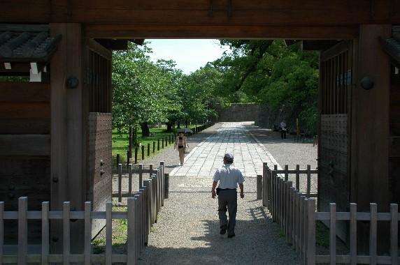 和歌山城公園内を散策_b0093754_0181874.jpg