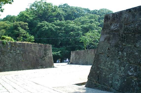 和歌山城公園内を散策_b0093754_0185224.jpg
