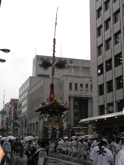 祇園祭 山鉾巡行1_e0048413_1635781.jpg