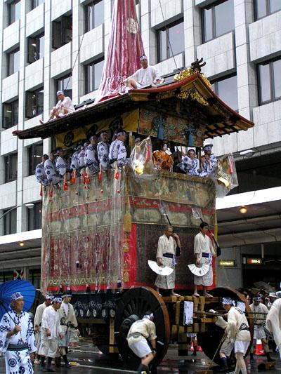 祇園祭 山鉾巡行1_e0048413_1636562.jpg