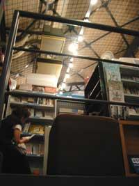 "「451Books」""自分の""本を見つけるという幸せ_a0017350_2211021.jpg"