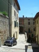 小さな田舎町へ = Cetona=_f0062510_19305637.jpg