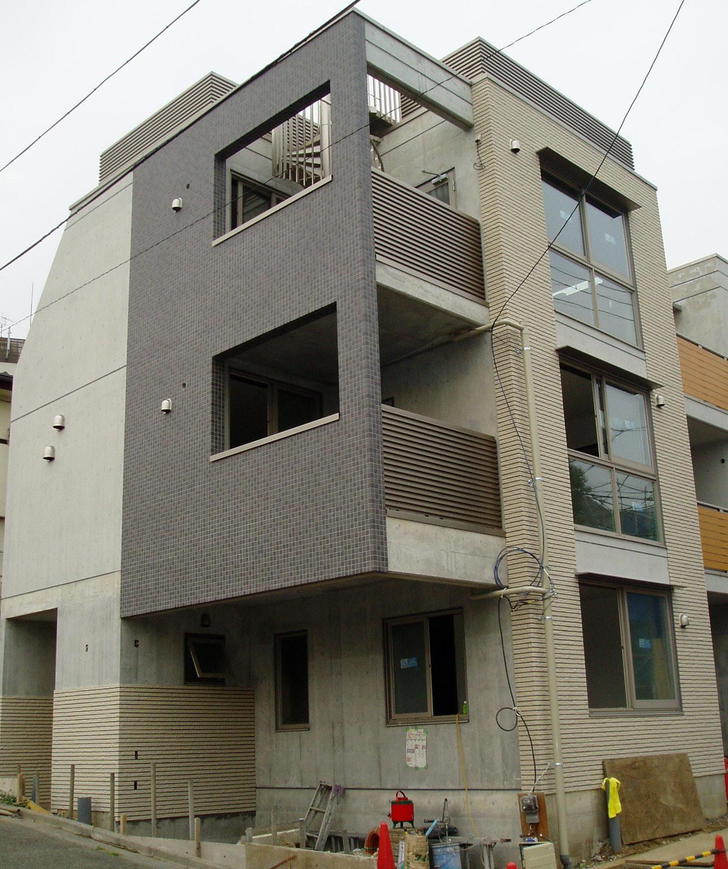 建築途中の_a0075387_181181.jpg