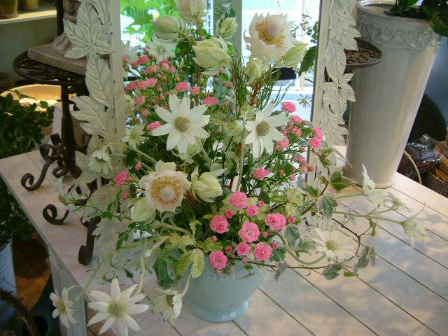オークリーフ花の教室(落合さんの作品)_f0049672_11451191.jpg