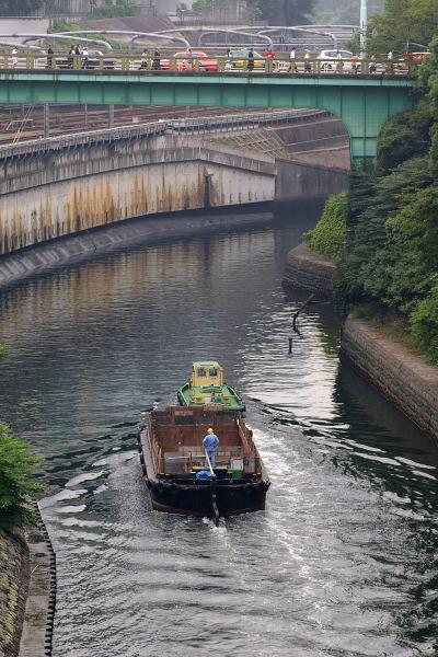 御茶ノ水で川を眺める_b0053019_22334114.jpg