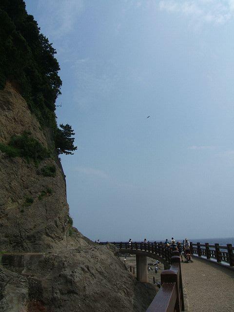 江ノ島で行ってきた岩屋洞窟~入り口から第一洞窟_e0089232_22362165.jpg