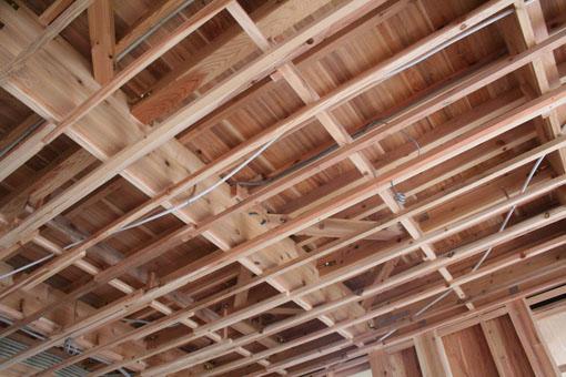 八郎潟の家10:内部と内装下地_e0054299_15405075.jpg