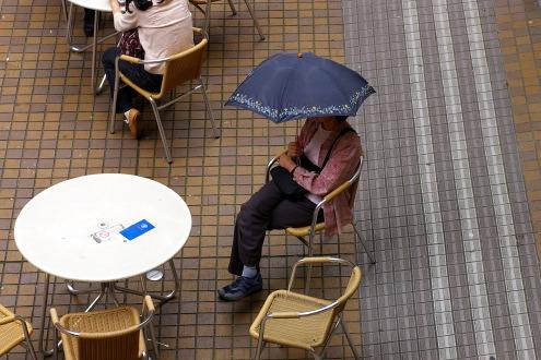 傘のある風景・・お茶の水〜神保町_b0053019_2239072.jpg