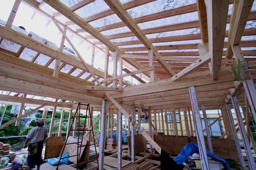 河辺の家03:軸組と屋根組_e0054299_8264884.jpg