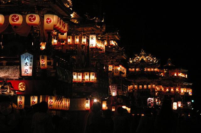 絢爛!燈籠山祭り(2)曳山巡行_d0043136_2042935.jpg
