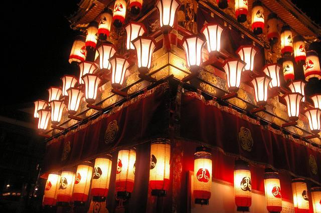 絢爛!燈籠山祭り(2)曳山巡行_d0043136_2062149.jpg