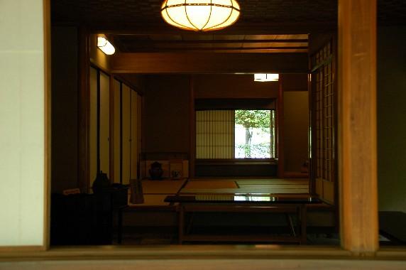 和歌山城公園内を散策 10_b0093754_1335556.jpg