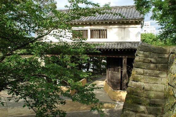 和歌山城公園内を散策 11_b0093754_058459.jpg