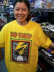 Tシャツでドーン!!_f0004730_1837482.jpg