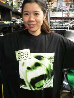 Tシャツでドーン!!_f0004730_18574257.jpg