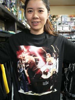Tシャツでドーン!!_f0004730_18575748.jpg