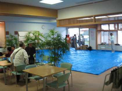 諏訪市災害ボランティアセンター 移転_a0073540_6123244.jpg