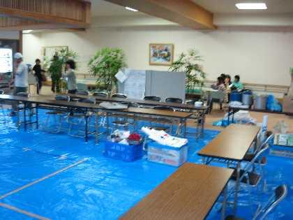 諏訪市災害ボランティアセンター 移転_a0073540_6124646.jpg