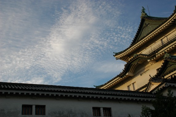 和歌山城と雲  2_b0093754_1251528.jpg