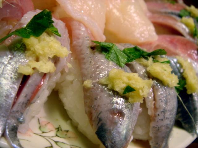 真鰯(イワシ)のお寿司....美味すぎです!_d0069838_20274685.jpg