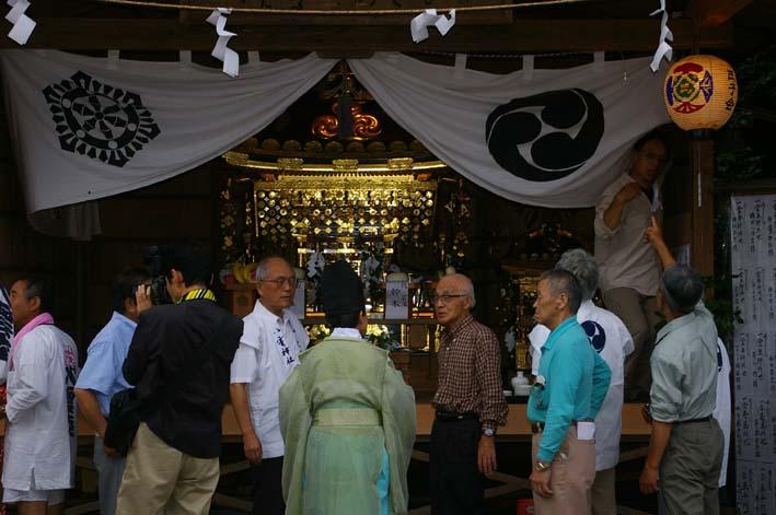 宵宮神事&夜祭り(山ノ内八雲神社例大祭:06・7・22)_c0014967_162373.jpg
