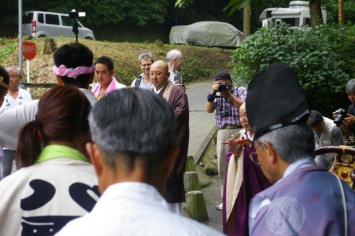 神仏習合の世界を堪能!山ノ内八雲神社例大祭7・23(上)_c0014967_19355034.jpg