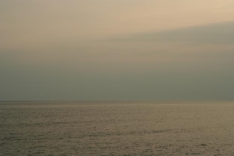 七里ヶ浜の夕景・7月31日篇。空と海。_b0022268_2044396.jpg