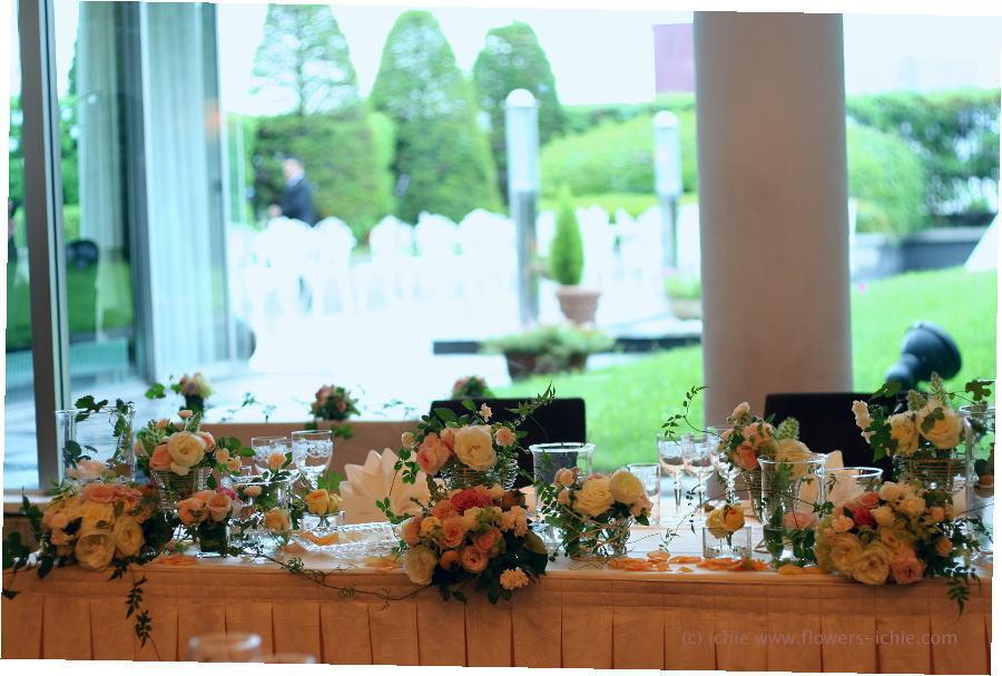 ラマージュ様の装花 初夏 ガラスを使って2_a0042928_134371.jpg