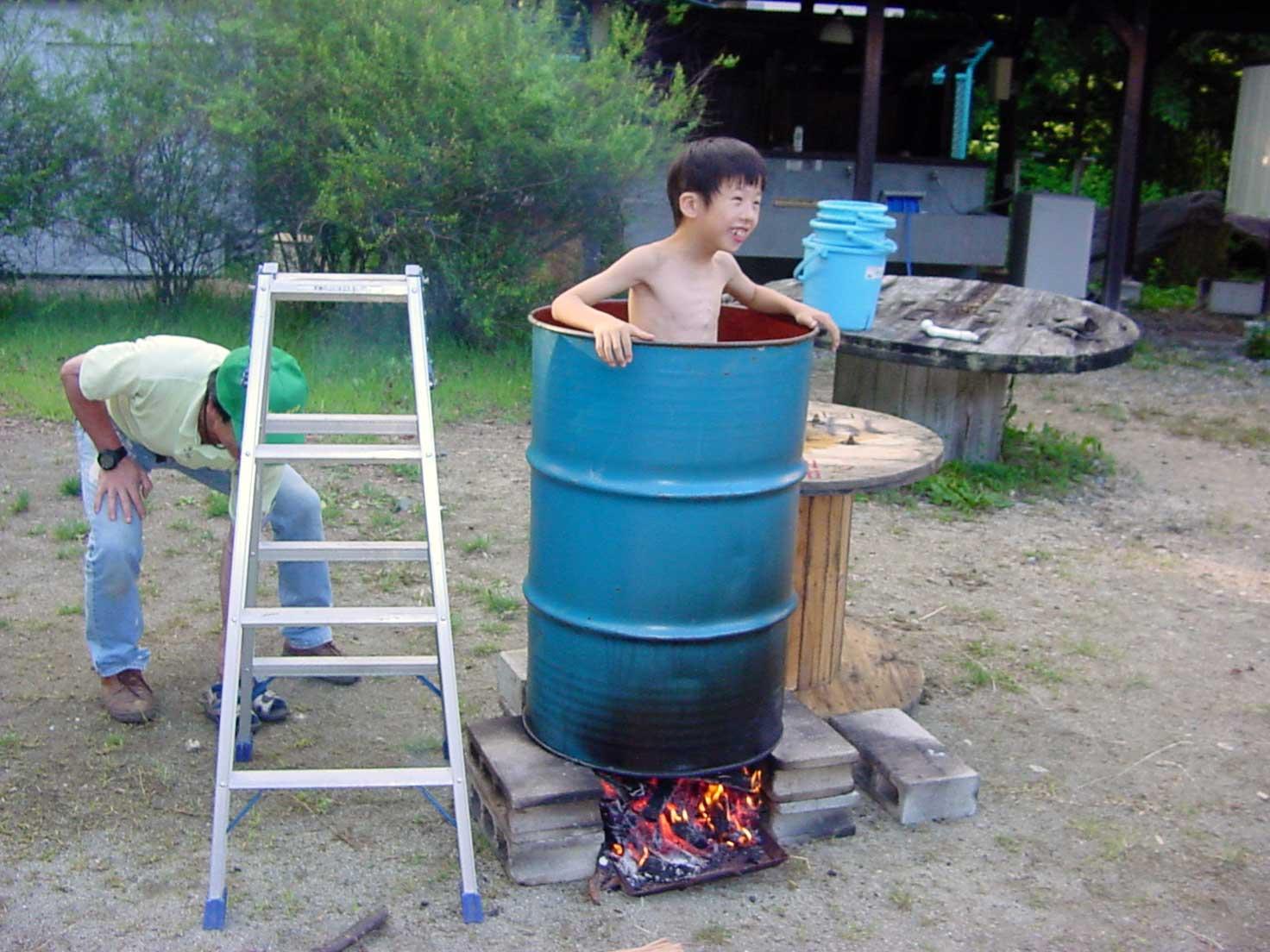 ドラム缶風呂_b0100253_0561276.jpg