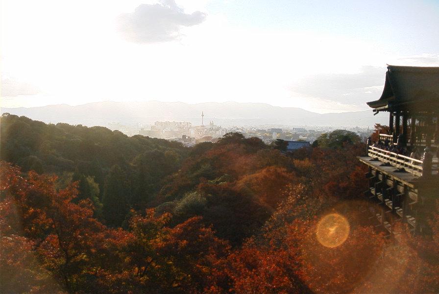 京都、清水寺の紅葉_d0077719_1854156.jpg