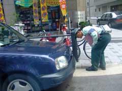 駐車監視員活動中_b0054727_2173732.jpg