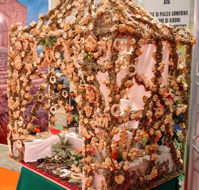 シチリア、サレーミのパン祭_a0077294_13592944.jpg