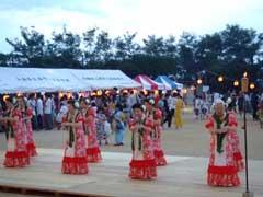 小学校の夏祭り_b0054727_0263719.jpg