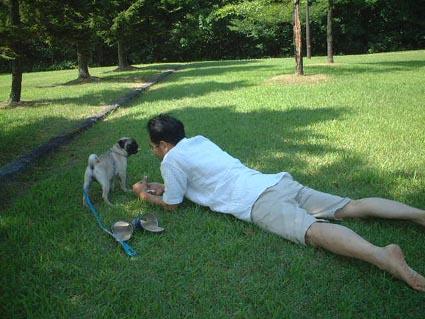 公園で・・・_f0019498_19463230.jpg