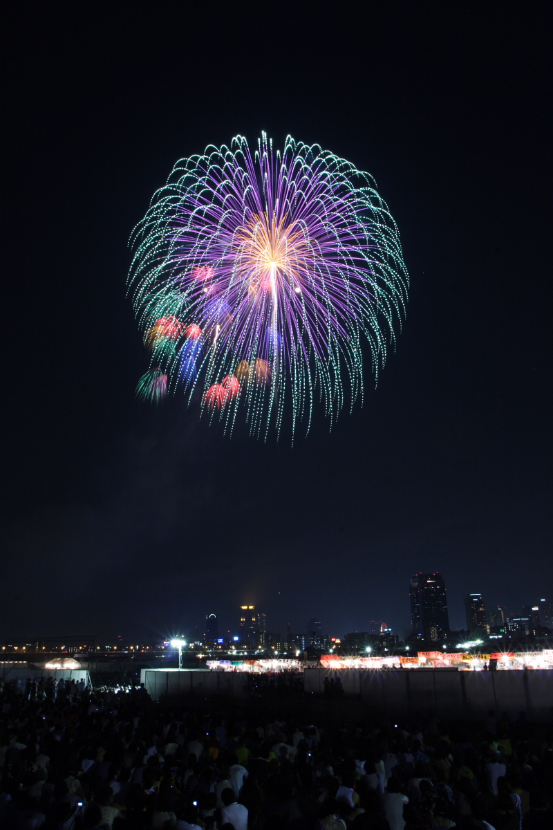第18回 なにわ淀川花火大会 3_f0021869_0225013.jpg