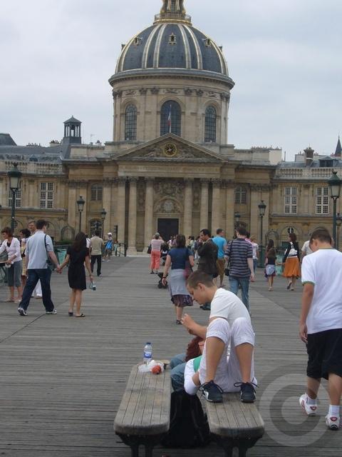 ■パリの橋から(8月)_a0008105_1414423.jpg
