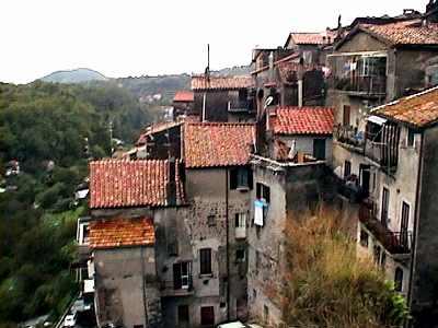 古い山岳都市ポリ(イタリア)_b0015157_113948.jpg