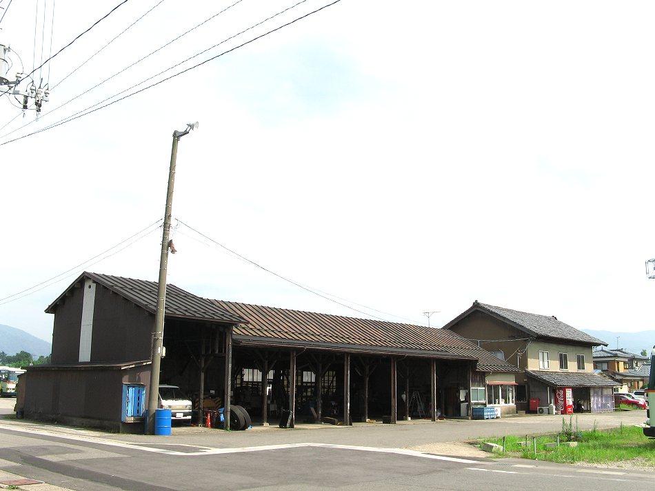 蒲鉄小型バス村松駅_b0059756_2353495.jpg