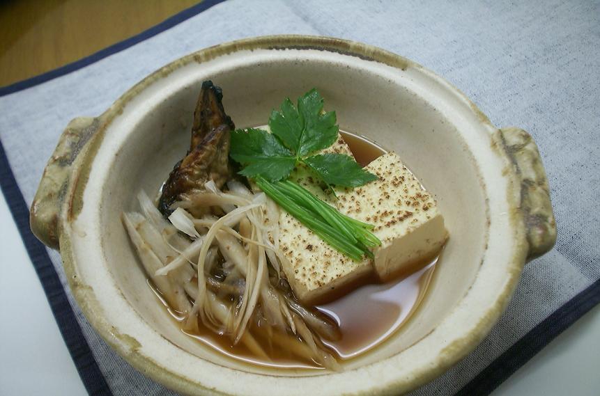 半助豆腐・・・半助(鰻の頭)とダシでじっくりと炊く半助豆腐_c0078659_16433717.jpg