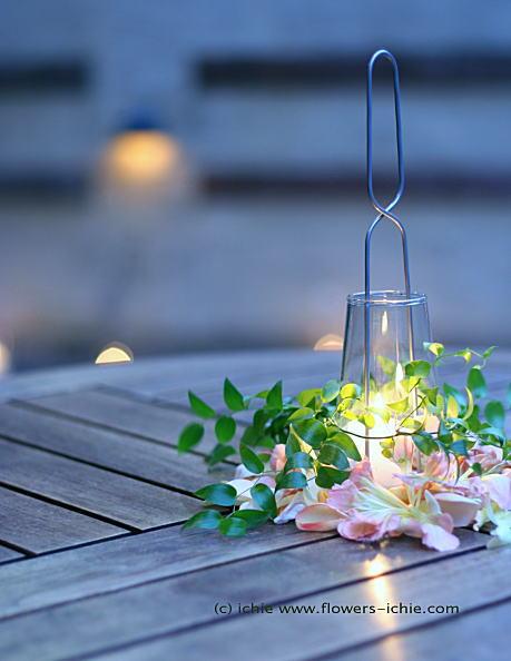 リストランテのウェディング 秋冬、キャンドルと装花_a0042928_23393487.jpg