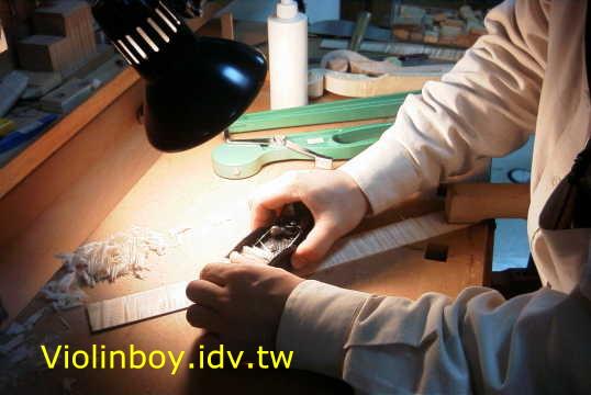 バイオリン製作_d0077719_1141140.jpg