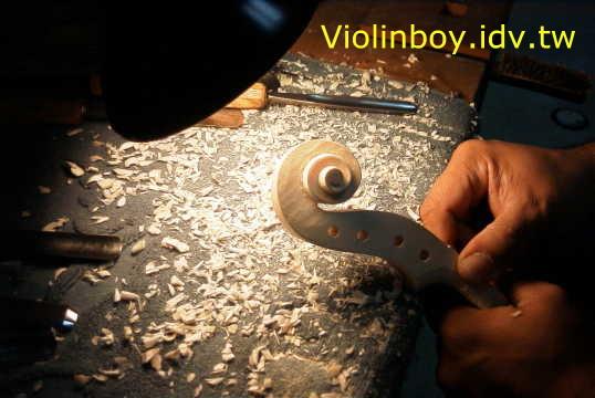 バイオリン製作_d0077719_1143657.jpg
