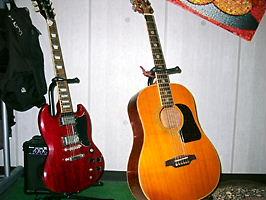 ギター難しいっす(>~<)_c0090552_11233696.jpg
