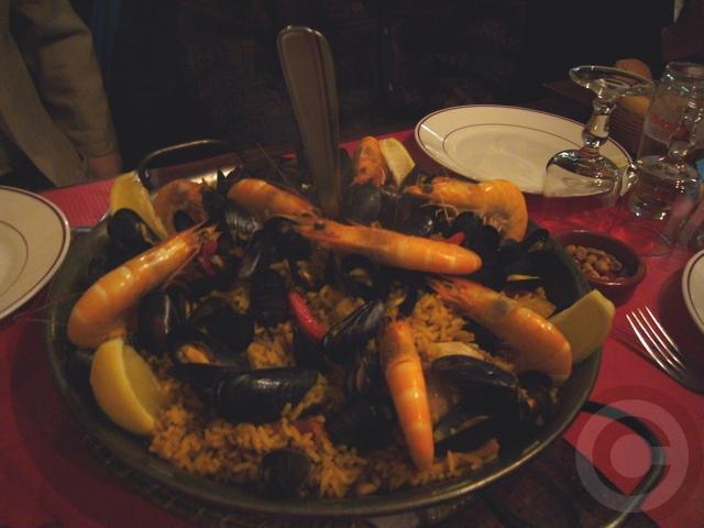 ■パリでスペイン料理EL BISTRO LATINO(サンミシェル界隈)_a0014299_21212338.jpg
